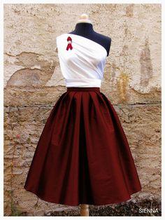 e0db1e16c733 SIENNA BORDEAUX taftova sukne   Zboží prodejce Galia Couture