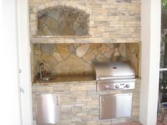Outdoor Kitchen by Brandel Masonry in Coral Springs, FL.