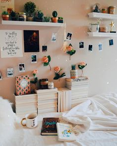 aesthetic bedroom live your best life today – If you still have a pulse, God still has a purpose. Cute Bedroom Ideas, Cute Room Decor, Room Ideas Bedroom, Bedroom Decor, Bedroom Inspo, Teen Bedroom, Deco Studio, Aesthetic Room Decor, Cozy Aesthetic