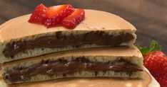Nutella® makes everything better— including breakfast! Watch and learn the best trick for getting the sweet stuff inside pancakes and in every delicious bite. Desserts Printemps, Nutella Pancakes, Food Videos, Cake Recipes, Nutella Recipes, Brunch Recipes, Oven, Appetizers, Cooking Recipes