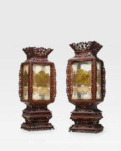 Bonhams Fine Art Auctioneers & Valuers: auctioneers of art, pictures, collectables and motor cars Chinese Painting, Chinese Art, Traditional Lanterns, Chinese Embroidery, How To Make Lanterns, Chinese Lanterns, Qing Dynasty, Types Of Art, Glass Panels