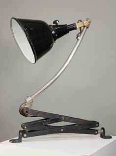 Curt Fischer for Industriewerk Auma Ronneberger & Fischer; Midgard scissor lamp mod. no. 11, Germany, 1923-25