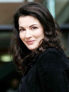 What do people think of Nigella Lawson? See opinions and rankings about Nigella Lawson across various lists and topics. Chef Nigella Lawson, Nigella Christmas, Tv Chefs, Pudding Cake, Domestic Goddess, Tv Presenters, Beautiful Women, Beautiful Celebrities, Celebs