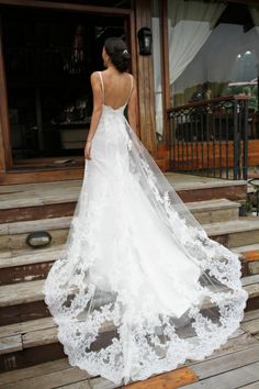 This looks like by dress but with the back made lower. I would also like to do this but not so low. I'd lose all support for my boobs.