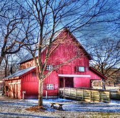 Red Barn in Winter 2 (144 pieces)