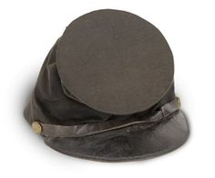 Forage cap of blue-black wool cloth with leather visor and chin strap; brass civilian button on either side; beige striped silk lining. Confederate States Of America, America Civil War, American War, American History, Civil War Quotes, Civil War Flags, Stonewall Jackson, Gettysburg, Headgear