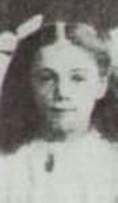 Jessie Allis Goodwin Ship : RMS Titanic  Passenger : 3rd class  Nationality : British  Residence : Fulham, England  Death : April 15, 1912 2 : 20 am  Cause : Titanic sinking ( body never recovered )  Age : 10 years
