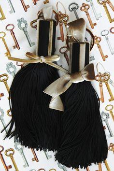 """ミニ・タッセル """"Ribbons"""" - SURREY TASSEL"""