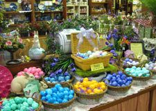 Easter eggs the amana way. Eggs are boiled, rolled in furniture glue mixed with dye, and then allowed to dry. Will last for years. Easter Ideas, Easter Crafts, Amana Colonies, Easter Traditions, General Store, Amish, Iowa, Gourmet Recipes, Holiday Recipes