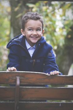 @silvianheach Kids winter 2014 navy blue coat #christmas #silvianheachkids #fallwinter2014 #FW14 #children #kids #childrenwear #kidswear #kidsfashiontrends #girls #boys