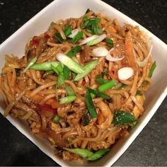 Chicken and Veg Chinese Noodles | Hajra's Kitchen