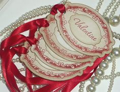 Valentine Gift Tags - Red Vintage Style - Set of 4