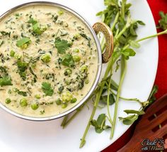 Fenugreek leaves and green peas in a rich creamy curry. [can be vegan]