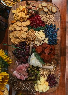 Thanksgiving Cheese Board - Classy Girls Wear PearlsYou can find Thanksgiving charcuterie board and more on our website. Plateau Charcuterie, Charcuterie And Cheese Board, Charcuterie Platter, Cheese Boards, Party Platters, Food Platters, Cheese Platters, Cheese Table, Cheese Food