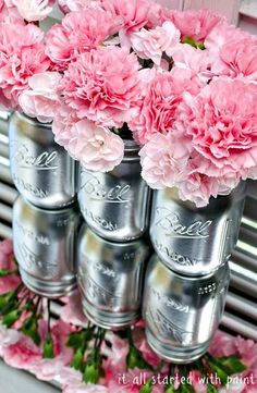 10 easy DIY party ideas. Love these beautiful silver-painted mason jars with pink peonies! Great centerpiece idea.
