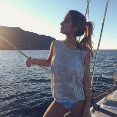 The perfect way to end the day! Find your perfect bikini in @surania  #surania #bikini #tiedye #mismatched  @mariapombo www.surania.com