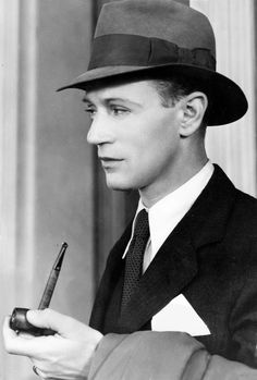 Leslie Howard (sigh) so very British. Was killed during WWII.