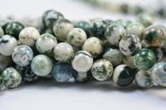 tree agate beads - white and green tree agate round beads - semiprecious stone beads - green round beads - charm beads -size 4-10mm -15inch