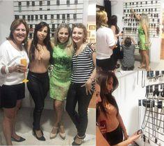 A festa foi grande ontem por aqui na @casaviabordini com novidades da @brunaheemannacessorios para 2017! Elas amaram!!! #evento #festa #novidades #casaviabordini #moda #acessorios #acessoriosdeluxo #fashion #jewelrydesign #olhaelas #momento #gurias #joias #jewelry #brinde http://www.butimag.com/fashion/post/1477630027792554317_1361803947/?code=BSBmK50BplN