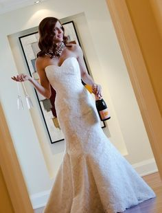 mermaid lace gown! love!