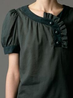 Assymetric Bib blouse