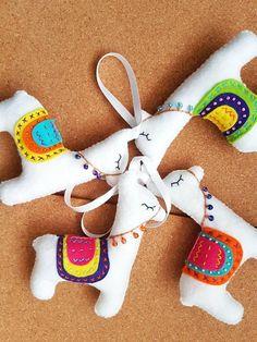 Llama christmas decorations sold by etsy Llama Christmas, Christmas Craft Fair, Unique Christmas Trees, Felt Christmas Ornaments, Christmas Nativity, Llamas, Llama Stuffed Animal, Alpaca Toy, Felt Crafts Patterns