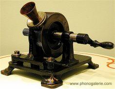 Edison Tinfoil Phonograph 1878    #TuscanyAgriturismoGiratola