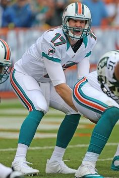 """The Up and Coming QB : Ryan Tannehill. Let's take it easy on the INTERCEPTIONS this week Ryan ! Especially against """" BRADY'S BUNCH ."""""""