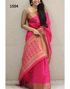 Benares second quality Silk Saree Blouse Designs, Saree Blouse Patterns, Silk Sarees, Pink Saree Silk, Dress Patterns, Baby Pink Saree, Pink Saree Blouse, Green Blouse, Pink Silk