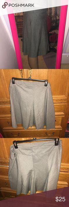 Gray dress skirt size 16 Gray dress skirt size 16 Skirts Midi