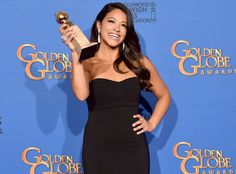 Fan Asks to Borrow Gina Rodriguez's Golden Globes Dress on Twitter