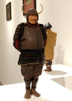 有楽町で 野口哲哉ノ作品展「別世界旅行」を見てきた。 小さい人形にも大きい人形と変わらない佇まいがあって素晴らしかった。 凄い。 画像は大きい人形(30センチくらい?)