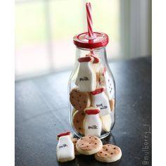 "Más Recetas en https://lomejordelaweb.es/ | 501 Me gusta, 65 comentarios - Decorated Cookies from the ❤️ (@mulberry_t) en Instagram: ""Milk"
