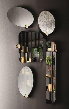 Odette, mirrors.