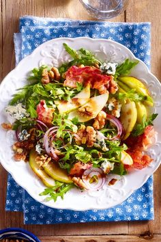 Herbstsalat mit Birnen, Walnüssen & Bacon With and perfect for the fall! Rosemary chicken bacon and avocado saladClean Eating Pear Salad with WalnutsFitness tuna salad with apple and walnuts Bacon Recipes, Lunch Recipes, Fall Recipes, Chicken Recipes, Dinner Recipes, Healthy Recipes, Thanksgiving Recipes, Menu Dieta, Ceviche