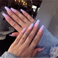 55 Best & Simple Nail Art Designs for 2019 Lady Nail art designs are quite a popular thing amongst girls. Just Explore here and see our Best & Easy Nail Art Designs to make your finger more beautiful. So must try it and make your day more beautiful. Acrylic Nails Natural, Summer Acrylic Nails, Best Acrylic Nails, Purple Acrylic Nails, Acrylic Art, Purple And Pink Nails, Blue Ombre Nails, Brown Nails, Nagel Bling
