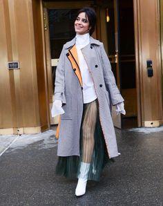Her smile ♥️ Fifth Harmony, Jacqueline Fernandez, Miranda Kerr, Kourtney Kardashian, Female Singers, Camilla, Star Fashion, Spring Outfits, Street Style