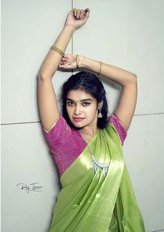 Beautiful Girl Indian, Most Beautiful Indian Actress, Beautiful Saree, Beautiful Places, Beautiful Women, Indian Actress Photos, Indian Actresses, Beauty Full Girl, Beauty Women