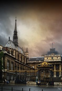 Sainte-Chapelle (Paris) by Fernando Palomo on 500px