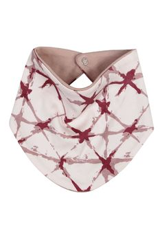 Our reversible bandana bibs are simple and so adorable - perfect for keeping little ones' tops clean and dry! One size fits all from 1 month to approx 18 months. Made from GOTS certified organic cotton. Organic Baby Clothes, Bandana Bib, Sustainable Clothing, 1 Month, Shibori, Bibs, One Size Fits All, Organic Cotton, Fashion Outfits