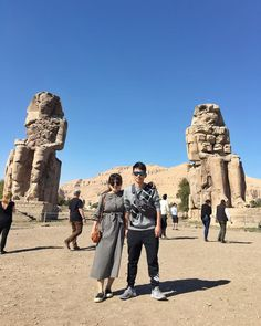 Private 2 day trips to Cairo and Luxor from Hurghada to visit the most famous attractions in the best two cities Egypt. Book Now! 2 Days Trip, Day Trips, Best Vacation Destinations, Best Vacations, Places In Egypt, Book A Hotel Room, Valley Of The Kings, Visit Egypt, Enjoy Your Vacation