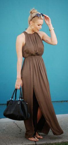 Zeliha's Blog: Summer Pleated Sleeveless Maxi Dress
