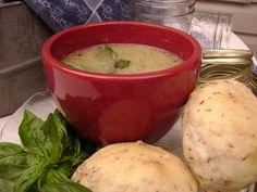 Mennonite Girls Can Cook: ...cauliflower soup....