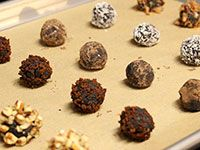 Yes, I will be making these and eating them on a regular basis. Ultra low carb chocolate truffles.