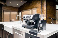 LUCCA A53 Mini Espresso Machine by La Spaziale – Clive Coffee Eureka Mignon, Home Espresso Machine, Love Home, Great Shots, Lucca, Barista, Kitchen Appliances, Mini