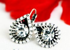 art deco clear crystal swarovski rhinestone earrings wedding jewelry bridal jewelry bridesmaids jewelry set gifts by sestras on Etsy https://www.etsy.com/listing/158638918/art-deco-clear-crystal-swarovski