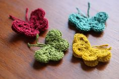 Oooh.. Want to crochet a whole flock of these sweet little butterflies to scatter over a sweater, a purse, an afghan... Directions at Marie's Making.