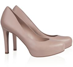 Pura Lopez Derry- Medium heel pumps by Pura Lopez with concealed platform. Crafted in nude leather.