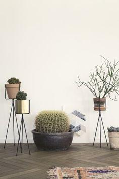 Ferm Living Shop — Plant Stand (Large)