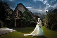 If you're a local or wanting a destination wedding, here are our top picks for wedding venues in South Africa. Best Wedding Venues, Wedding Locations, Destination Wedding, Wedding Destinations, Wedding Ideas, South Africa Honeymoon, Castle Rooms, Winter Bride, Star Wedding
